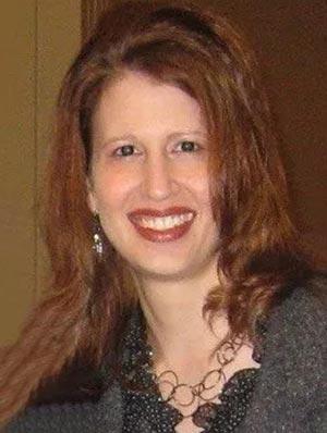 Laura Lapeze